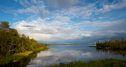 Paysage lapon, environs de Muonio, Finlande Canon EOS 7D - 15 mm - f/13 - 1/100s - 100 ISO