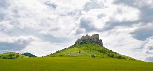 Le château de Spis (Spyssky Hrad en Slovaque) - Canon Eos 7D - 22 mm - f/7,1 - 1/400s - 400 ISO