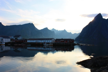 Hamnøy, Lofoten – Canon EOS 50D – 21 mm – f/8,0 – 1/160s – 100 ISO