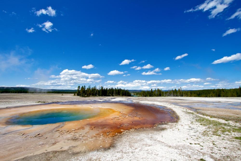 Opal Pool+Midway Geyser Basin+Yellowstone+Wyoming