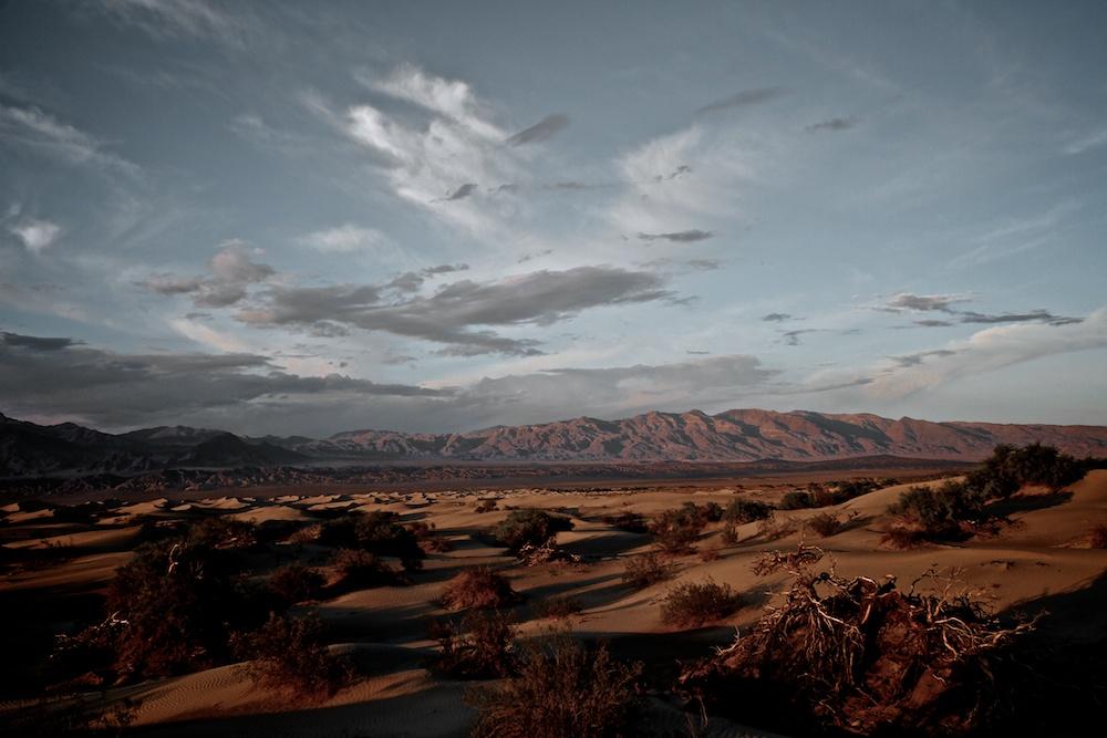 Entre chien et loup, Mesquite Flat Sand Dunes - Death Valley - Californie
