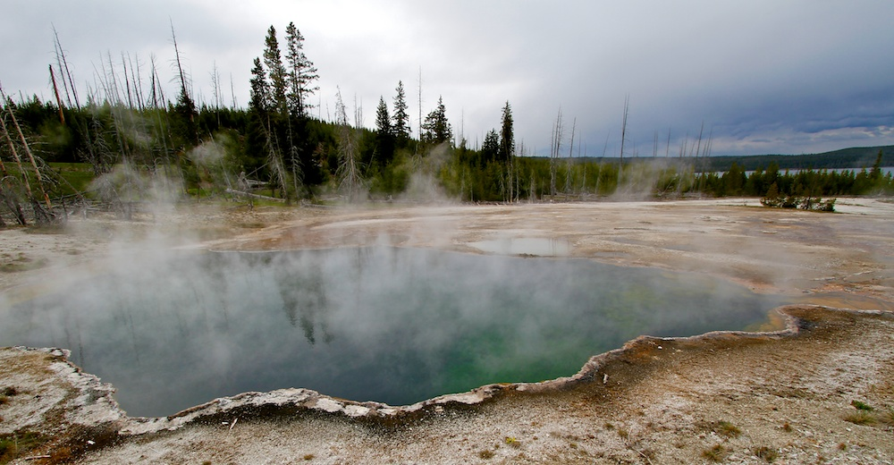Abyss Pool+West Thumb Geyser Basin+Yellowstone+Wyoming