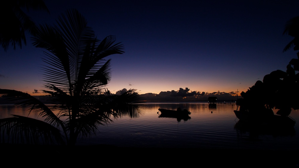 Ahe, Tuamotu, lagon, coucher de soleil